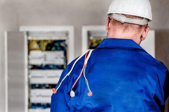 Commercial Electrician in Santa Rosa